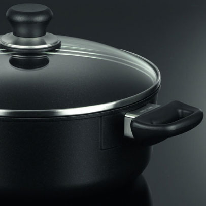 Casseroles & Dutch Ovens